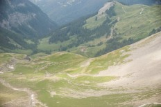 Crans Montana area hiking trails: expect to bump into wine producers now and again