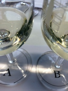 "Bllind tasting Chasselas A and B: neither one is ""best"", just better appreciated by more people, to win the number one slot"