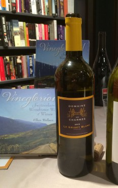 A Findling white wine, from Domaine des Charmes in Geneva, that I served at a book-signing at Payot last week was a lovely way to step into early summer