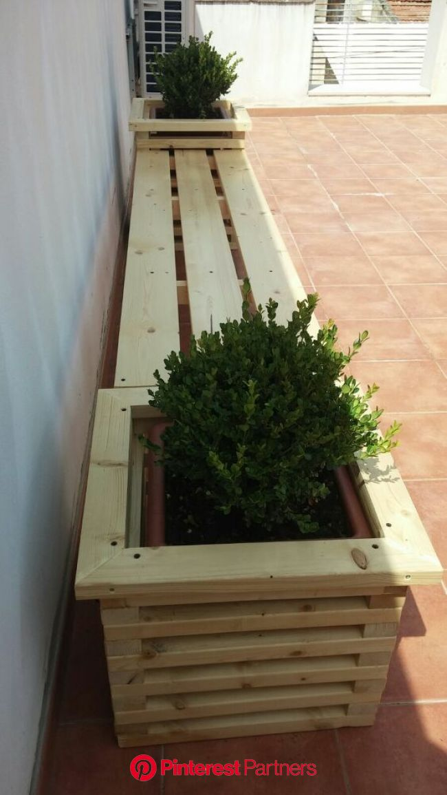 How To Build Garden Bench With Plants Plots Simple Diy Build With Images Diy Outdoor Seating Diy Outdoor Furniture Diy Garden Furniture Wood Decor 2019 2020