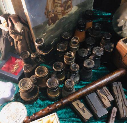 binoculars hackney flea market