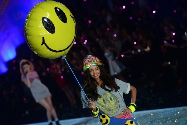 Victoria-Secret-Fashion-Show-2013-Pictures (27)