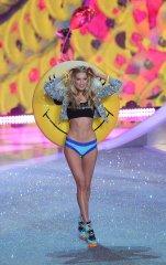 Victoria-Secret-Fashion-Show-2013-Pictures (36)