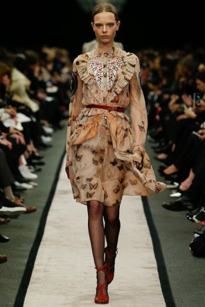givenchy-rtw-fw2014-runway-08_151604902659