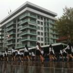 Clickbait και likefarming δημοσιεύσεις με φόντο την παρέλαση της 28ης Οκτωβρίου.