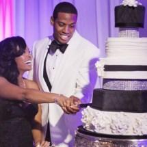 cake cutting, nashville wedding planner