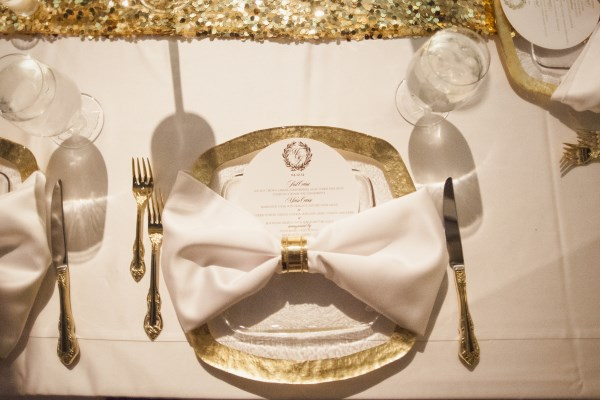 place setting, gold place setting, nashville wedding inspiration