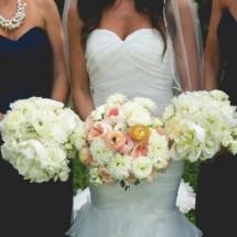 bouquets, bride and bridesmaids bouquets, peach bouquet