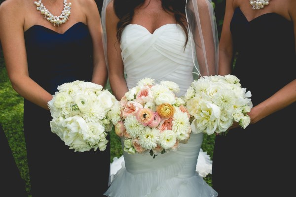 bouquets, nashville wedding planner