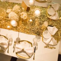 gold sequin runner, place settings