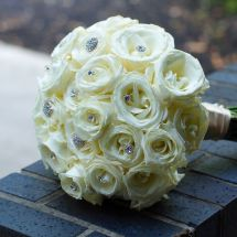 white bouquet, roses, bling
