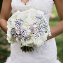 nfl bride, nfl wedding, bling, bouquet