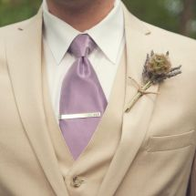 rustic boutonniere, purple, tie