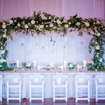 large centerpiece, arch, floating decor