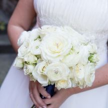 white bouquet, bling, roses