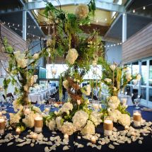 large centerpiece, greenery, mouth juliet wedding planner