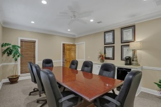 Real Estate Closing Room