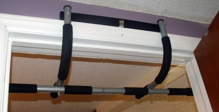 Home Pull Up Bar