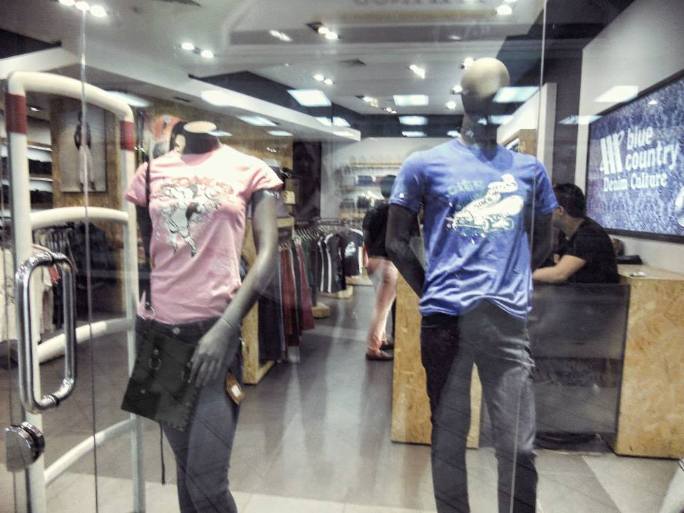 Elliz Clothing At Blue Country Jeans 1