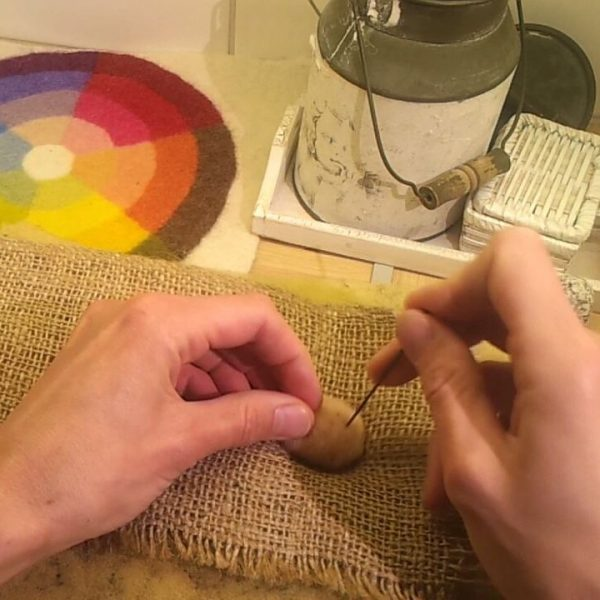 miten tehdä huopapallo, huopapallot, huovutus, huopatuotte, huopa, videovinkki, huopapallojen valmistaminen, miten huovuttaa,