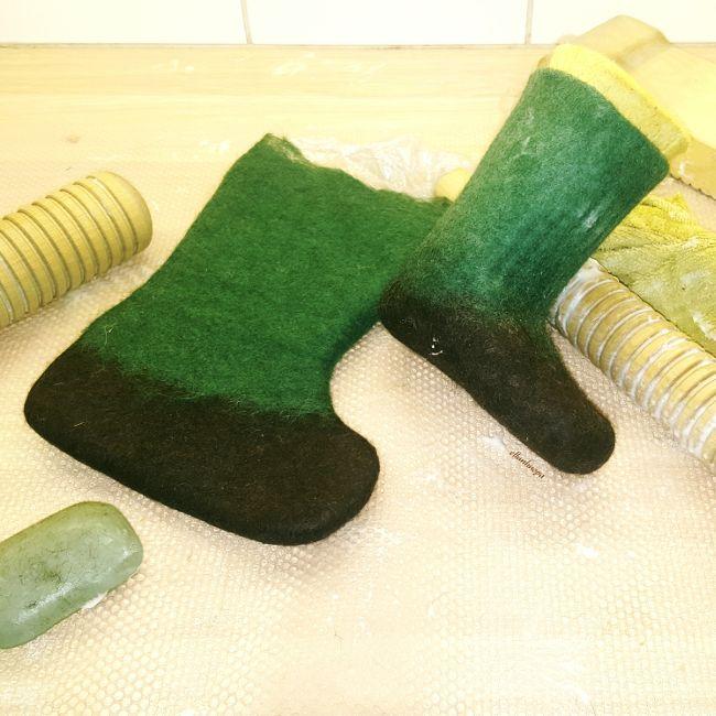 Ellunhuopa Huopikkaat, huopa työvälineet, huovutus, huopatossut, felted boots,