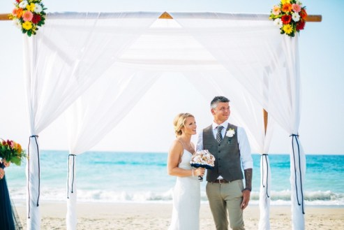 ellwed Real-crete-wedding-maria-tomasz-2016-11 Maritime Beach Wedding in Crete with a Very Special Bridal Bouquet