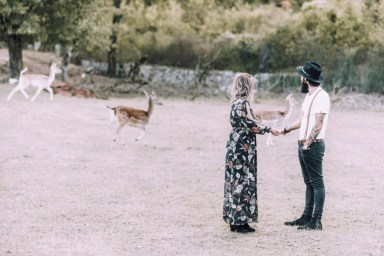 ellwed 45 Bohemian Mountain Hill Engagement Shoot in Ioannina