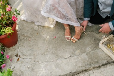 ellwed sofia_george_mirror_sg327_low Greek Spring Inspired Wedding with Tulips in Tyrnavos