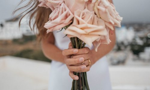 Micro Weddings or Elopements bouquet of roses