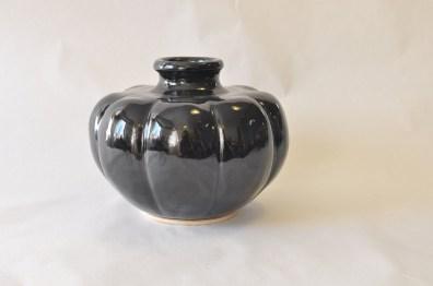 Sort vase - Elly Pedersen Keramik