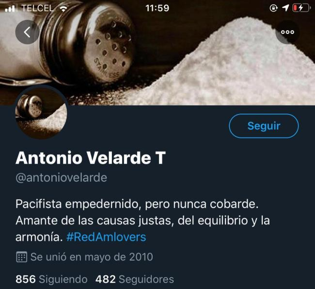 Cuenta de Twitter de Antonio Velarde, promotor de la petición contra TV Azteca