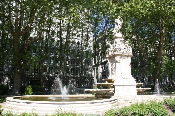 Paseo Del Prado Sus Fuentes El Madrid Ilustrado