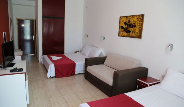 EL MAR HOTEL