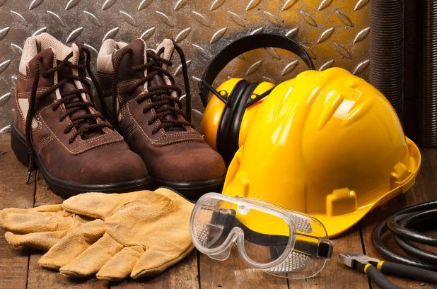 أهمية توفير معدات الوقاية والسلامة للأفراد