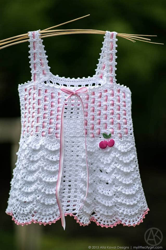 Vestidos de bebe tejidos a crochet gratis