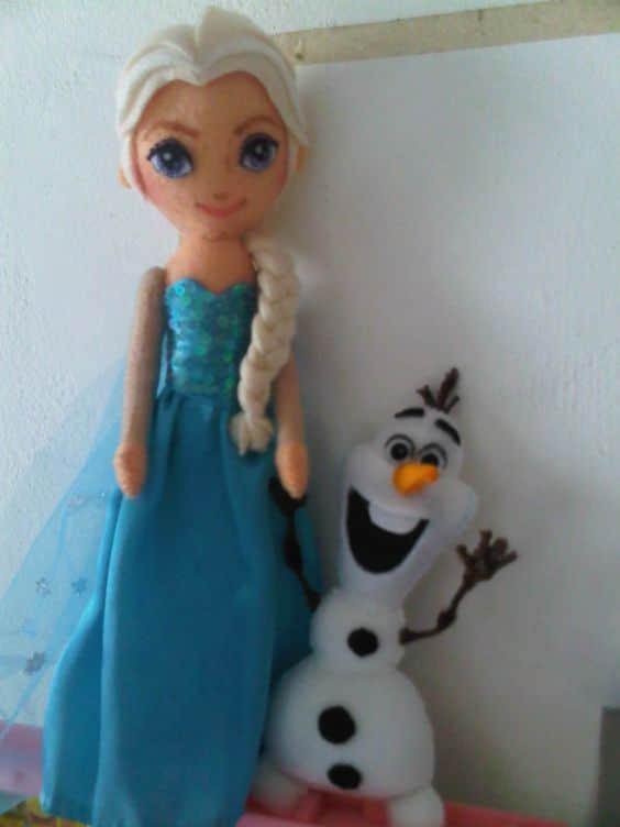 Elsa y Anna de Frozen en Fieltro con Moldes para Imprimir