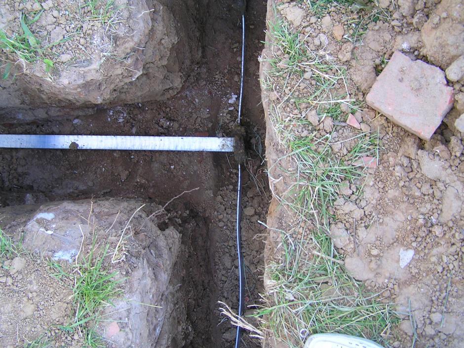 Присоединение полосы 40х4 мм зажимом соединительным ЗС-2ГЦ
