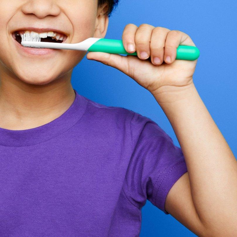 كيفية تنظيف الاسنان للاطفال