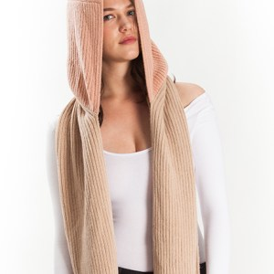 Color block scarf hood alpaca Blush