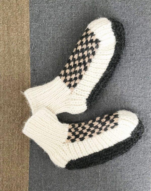 Peruvian style alpaca knit slippers