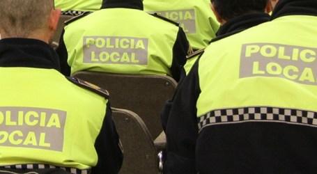 La Policia Local de Xirivella rescata a una persona d'un incendi