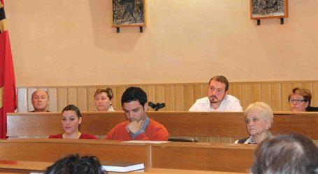 El pleno de Paterna aprueba ayudas educativas y sociales por más de 800.000 euros