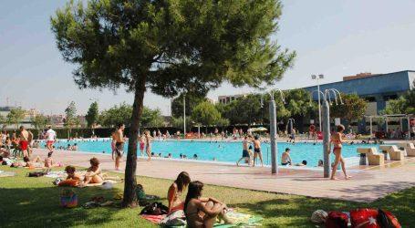 El PSPV de Mislata rechaza la propuesta de que la piscina de verano sea gratuita para menores de 12 años