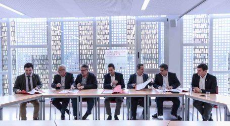 Siete alcaldes firman la Declaración de Mislata por la recuperación del transporte metropolitano