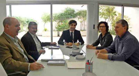 Reunión de trabajo entre la alcaldesa de Paiporta y un responsable de FGV
