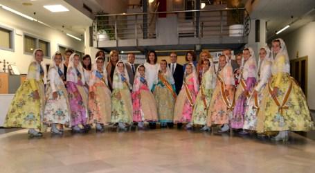 La fallera mayor infantil de Valencia participa en la procesión de Quart de Poblet