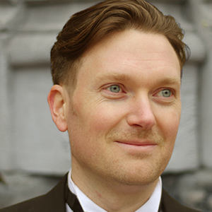 Graham Robinson, Bass