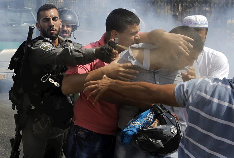 EXPERIMENTO SOCIAL EN ISRAEL MUESTRA LA DIFERENTE REACCIÓN DE LA GENTE ANTE UNA AMENAZA JUDÍA Y UNA ÁRABE