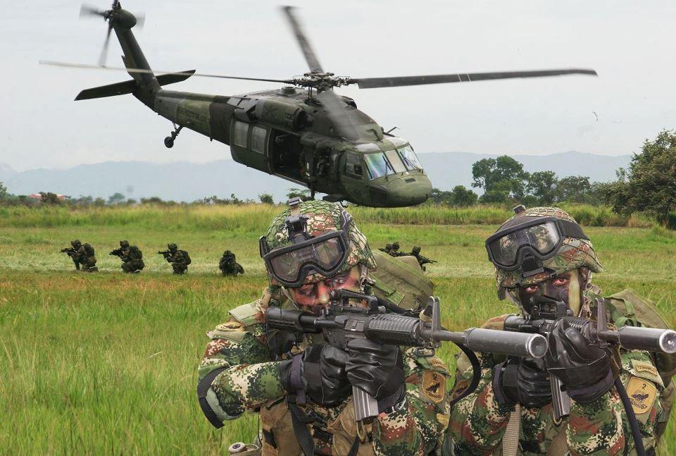 TRUMP A PUNTO DE CORTAR LAS AYUDAS MILITARES A UCRANIA Y COLOMBIA