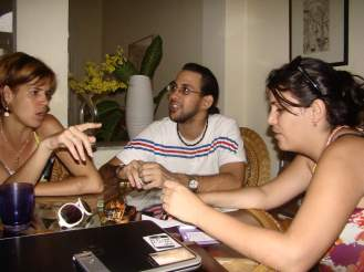 Preparando la revista Blogosfera Cuba. La otra Newsroom